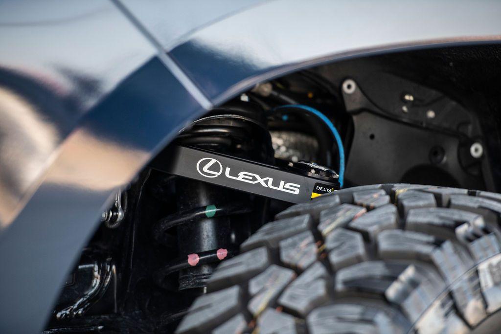 Lexus-LX-J201-concept-41