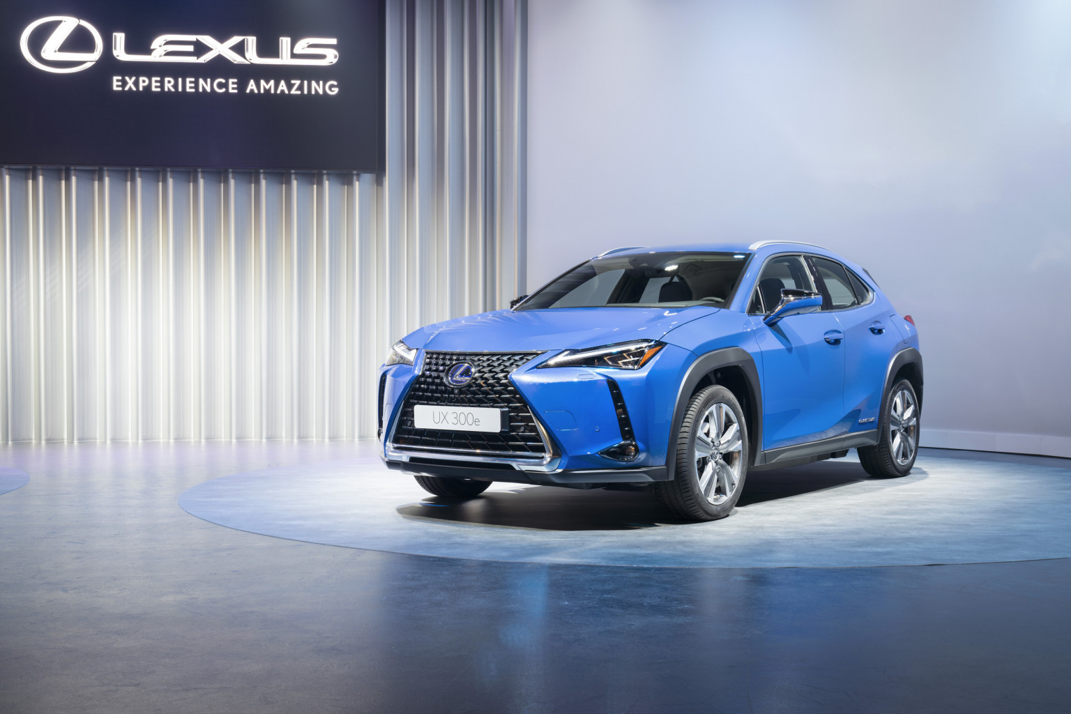 Lexus-UX-300e-UX300e-europe-3
