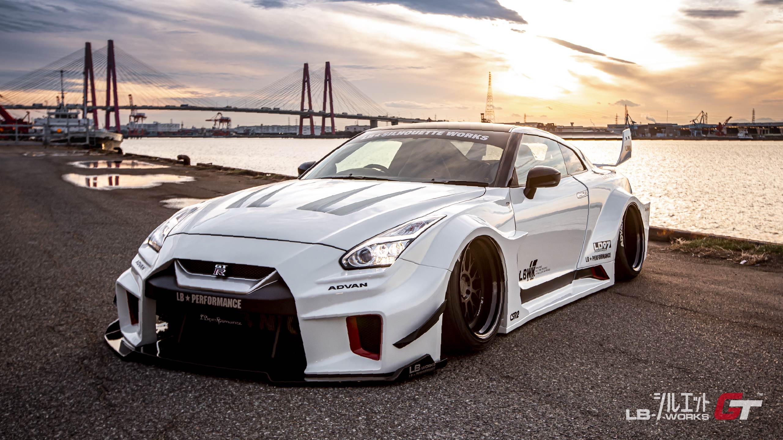 Liberty-Walk-Nissan-GT-R-Super-Silhouette-23
