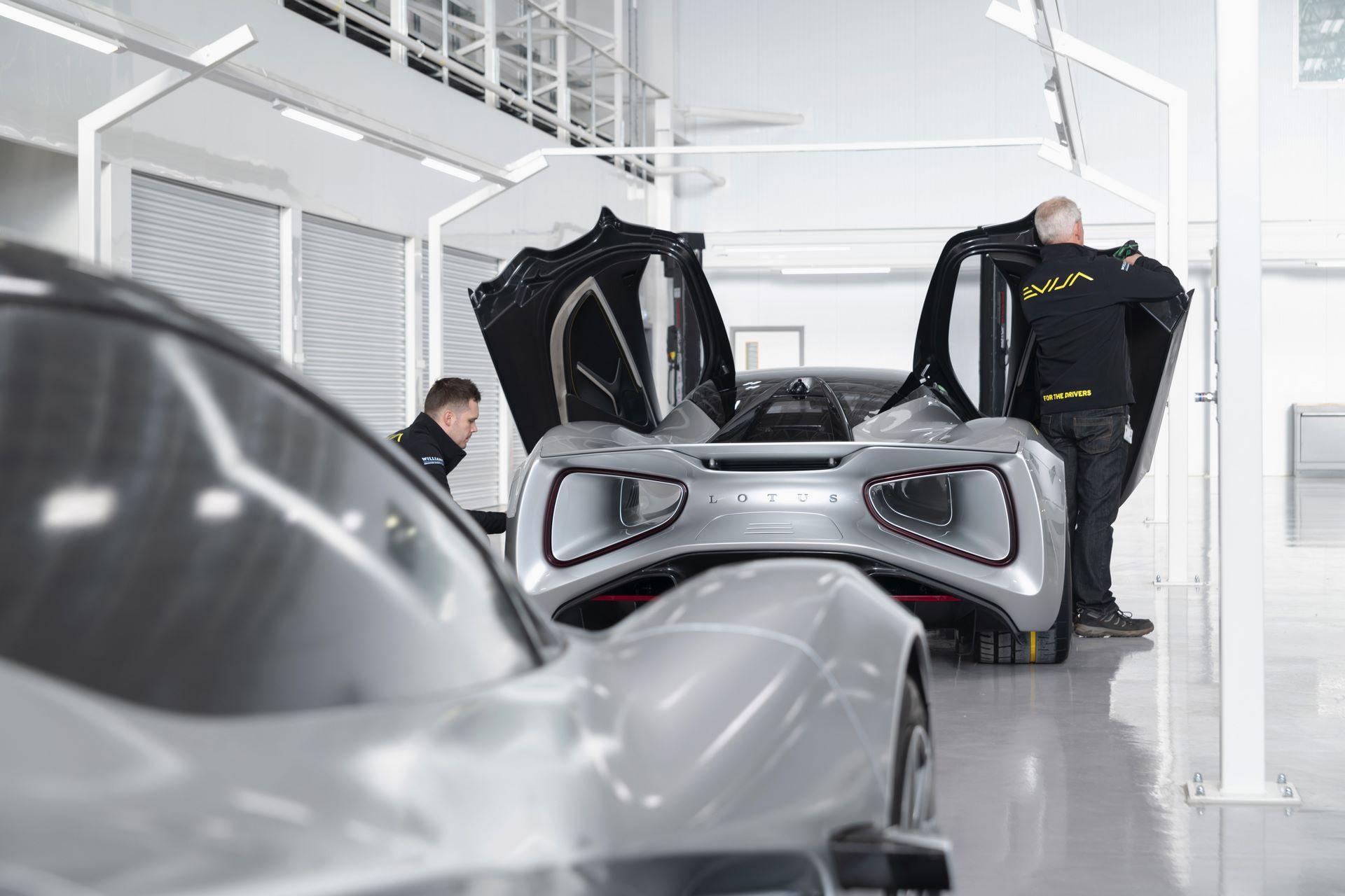 Lotus-Evija-Assembly-Hall_plant-factory-1