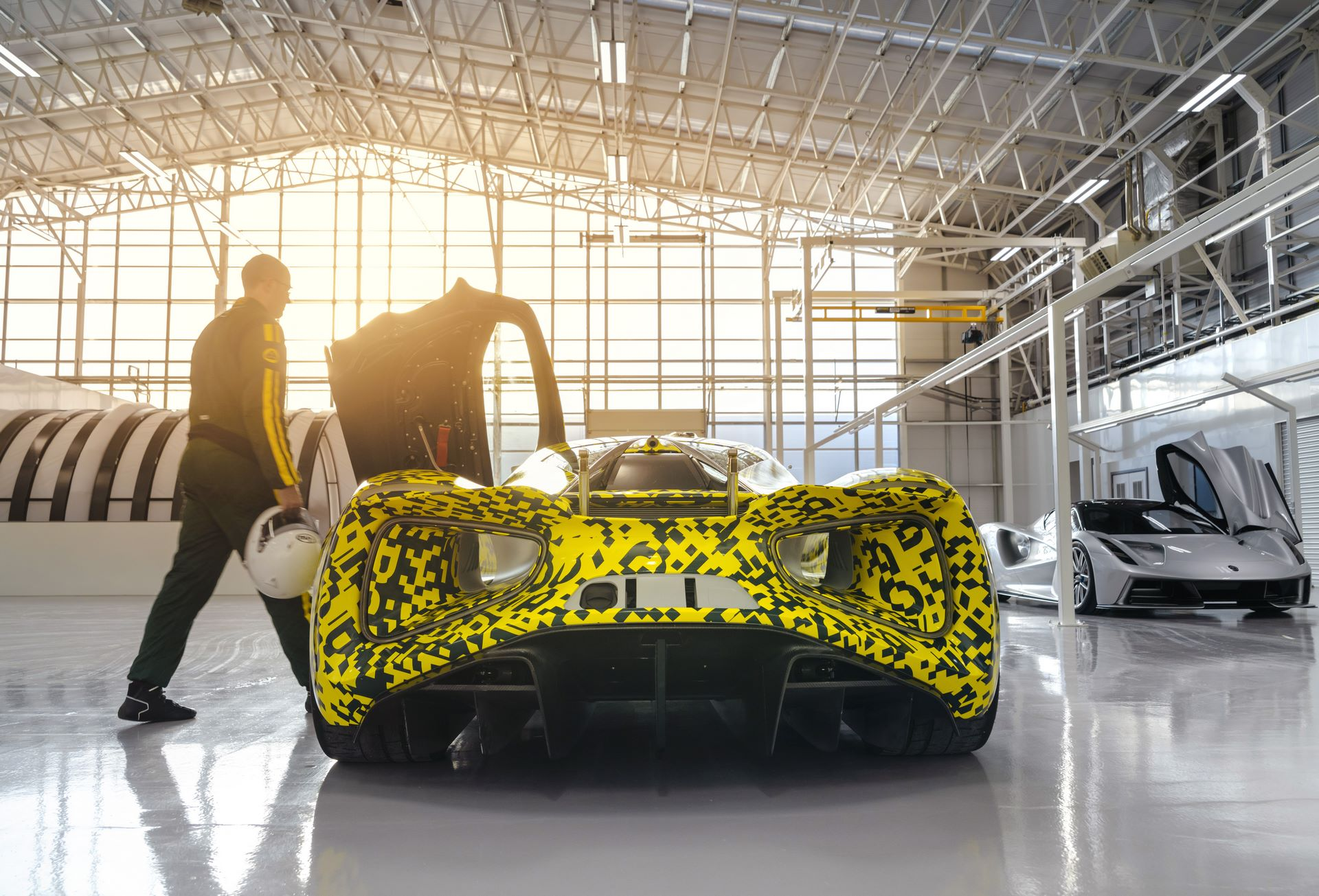 Lotus-Evija-Assembly-Hall_plant-factory-5