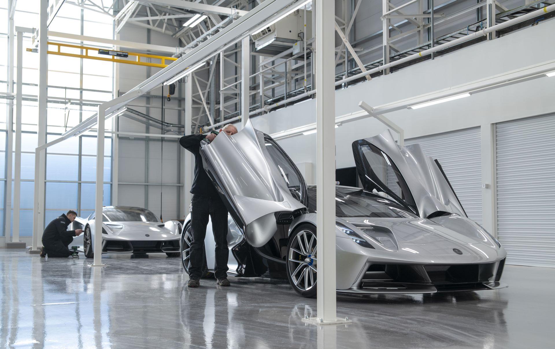 Lotus-Evija-Assembly-Hall_plant-factory-8