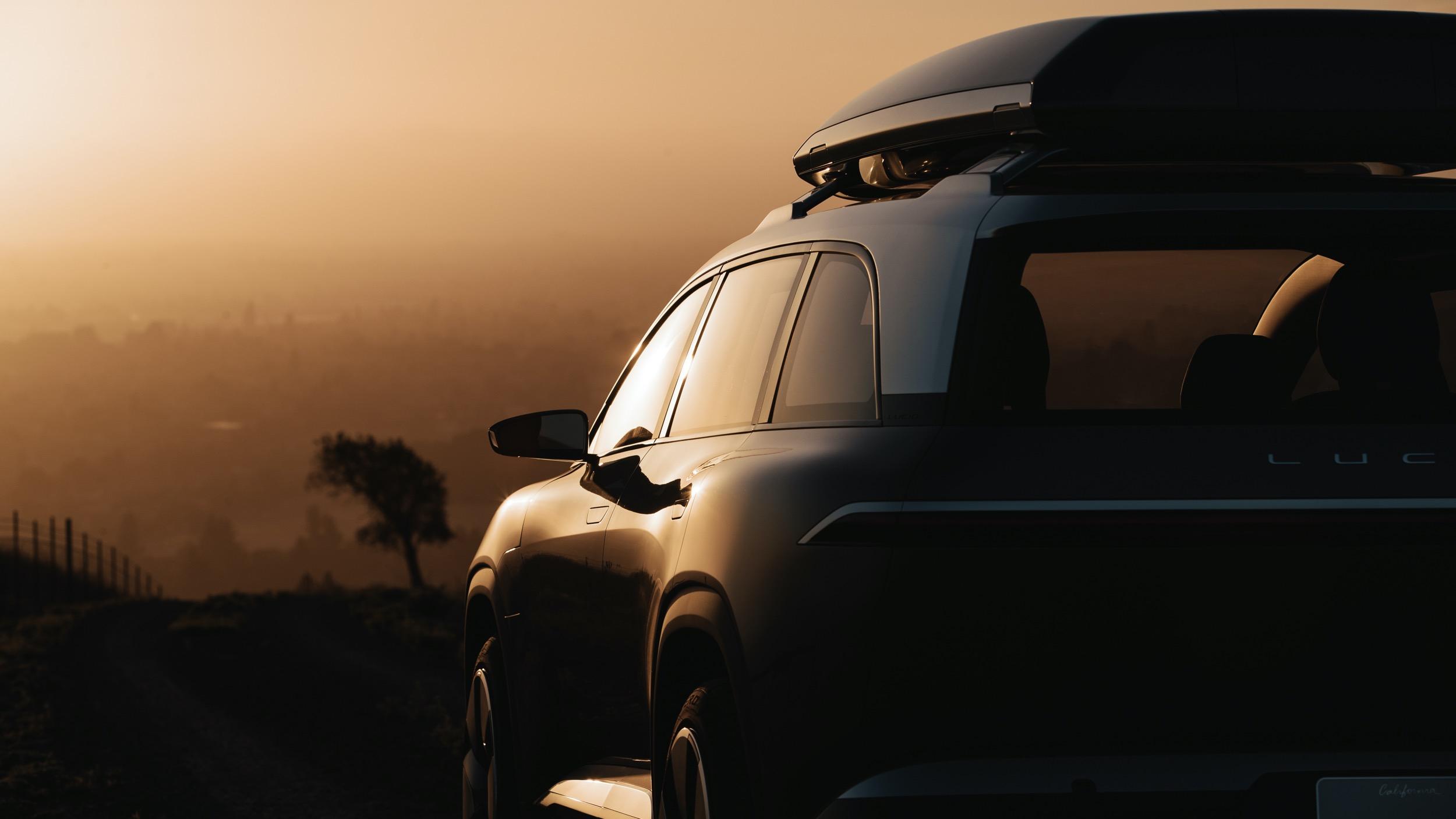Lucid-SUV-03