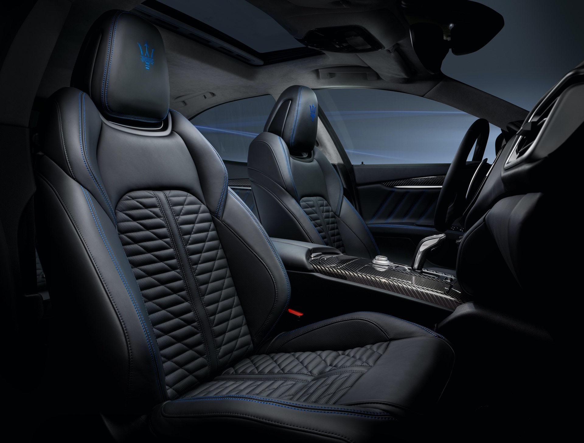19_Maserati_Ghibli_Hybrid