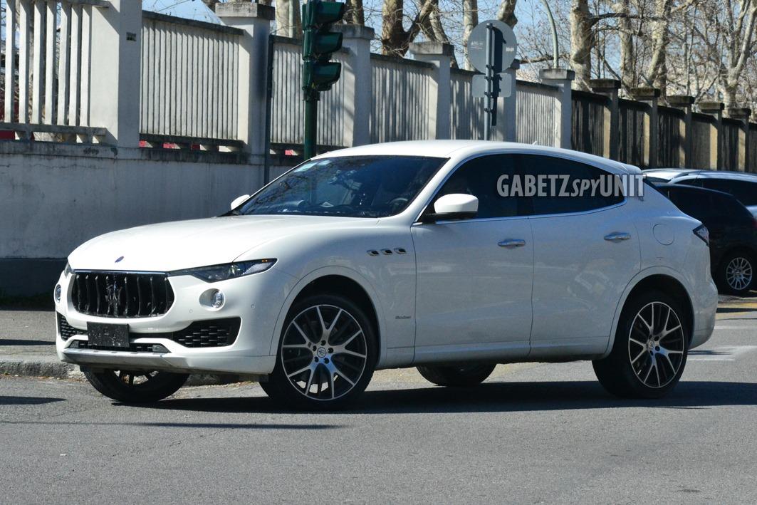Maserati-Levante-2021-spy-16