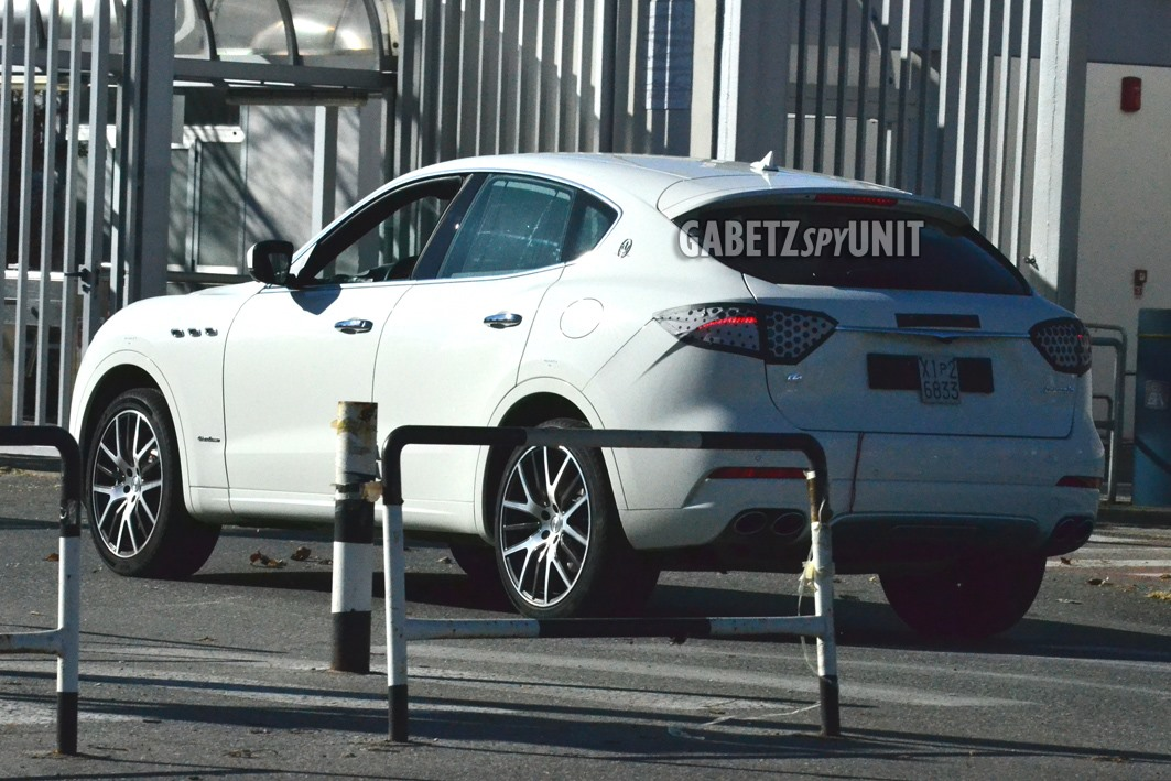 Maserati-Levante-2021-spy-5