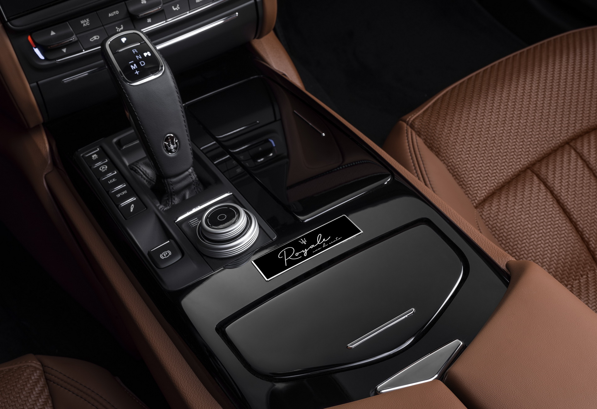 Maserati-Quattroporte-Levante-And-Ghibli-Royale-editions-6