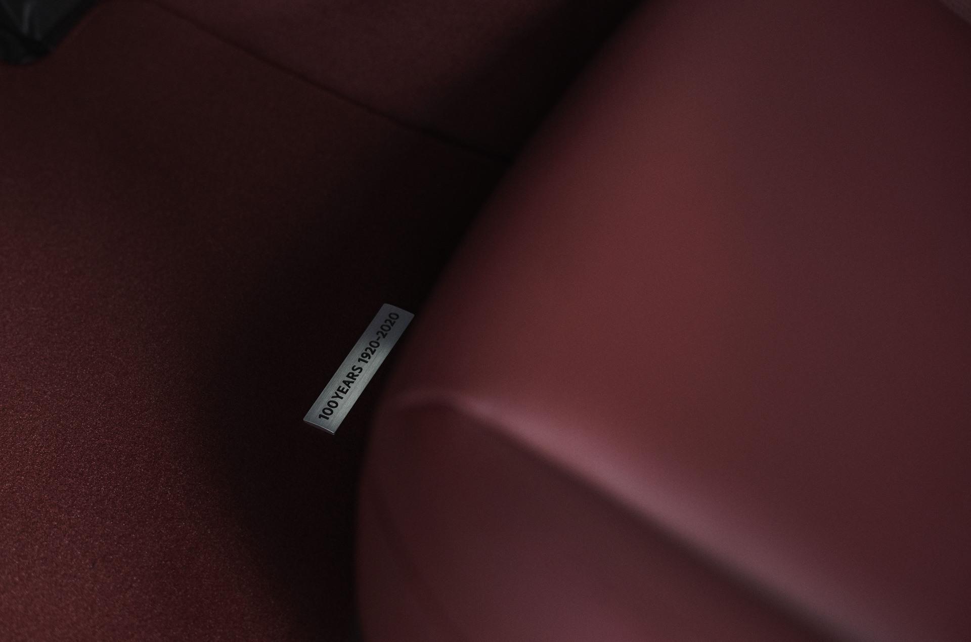 2020_100thSV_BRD12_EU_LHD_Mazda3_Floormat
