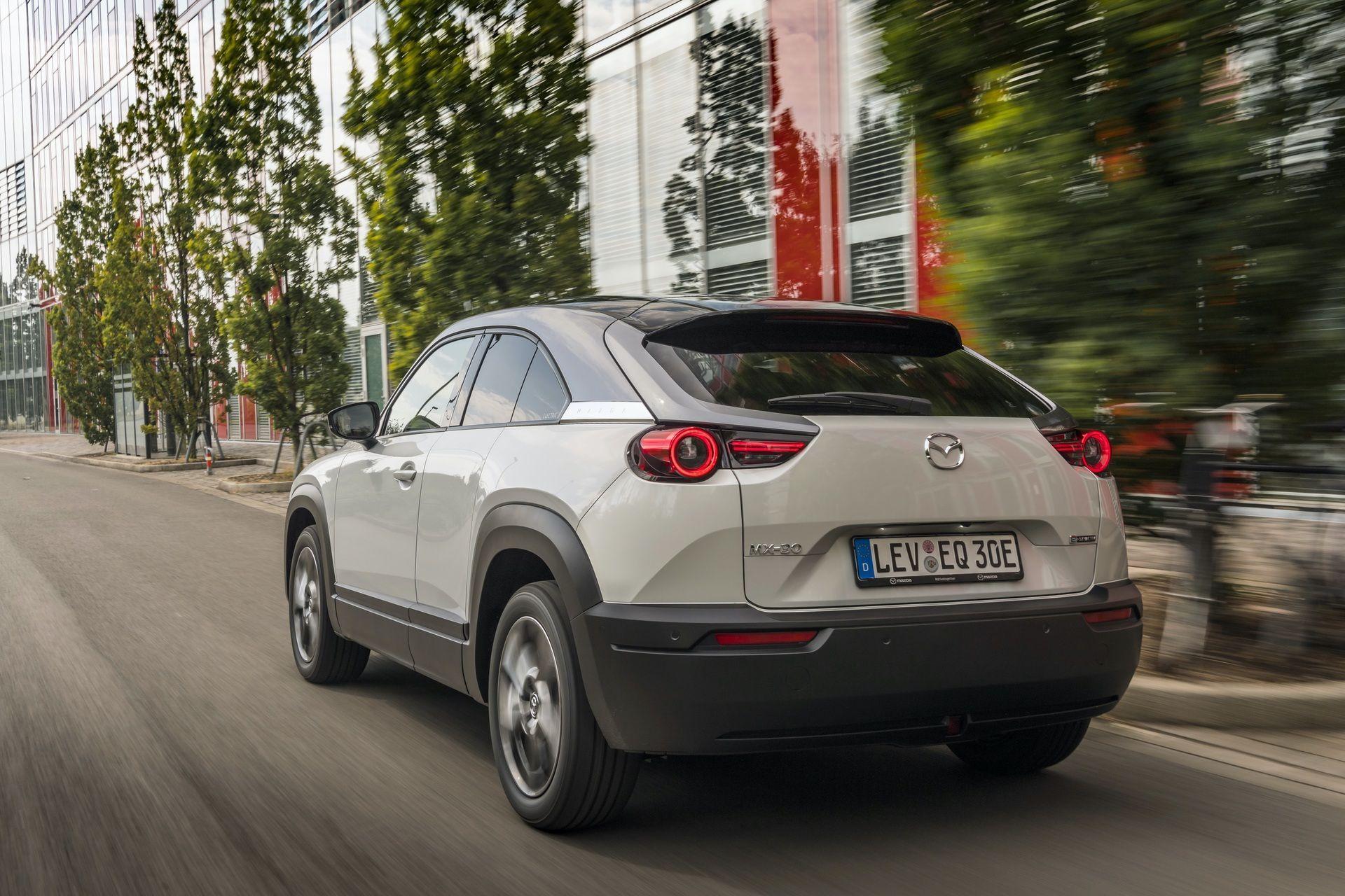 Mazda_MX-30_launch_0078