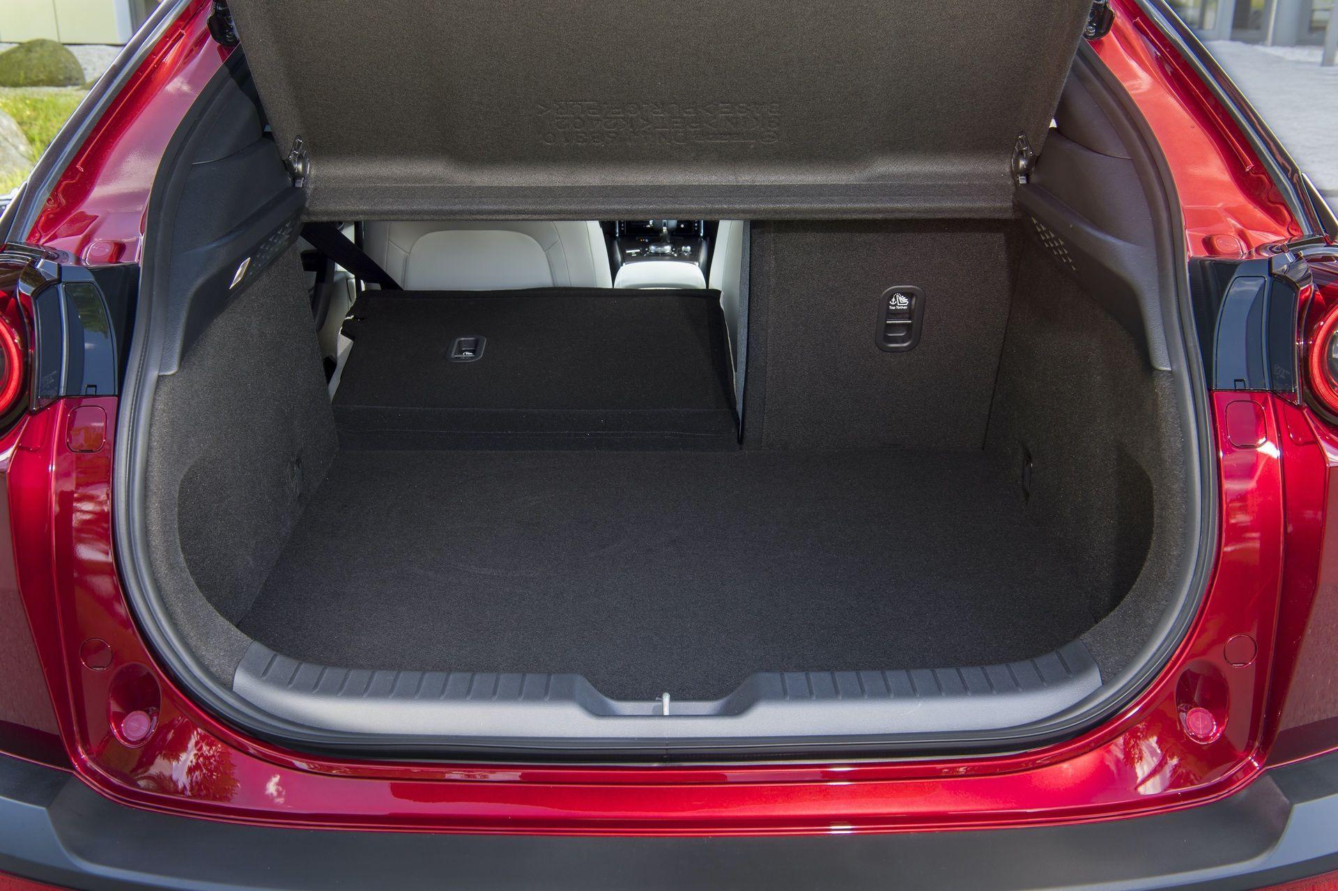 Mazda_MX-30_launch_0083