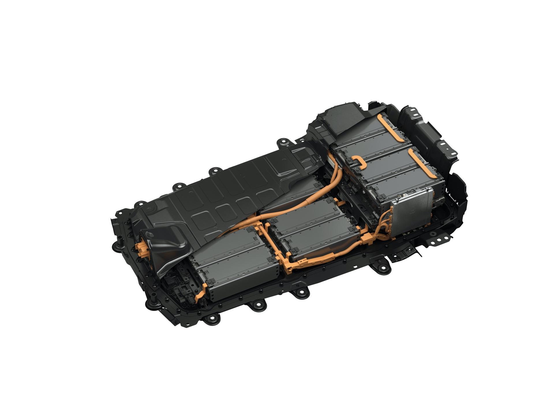 Mazda_MX-30_launch_0104