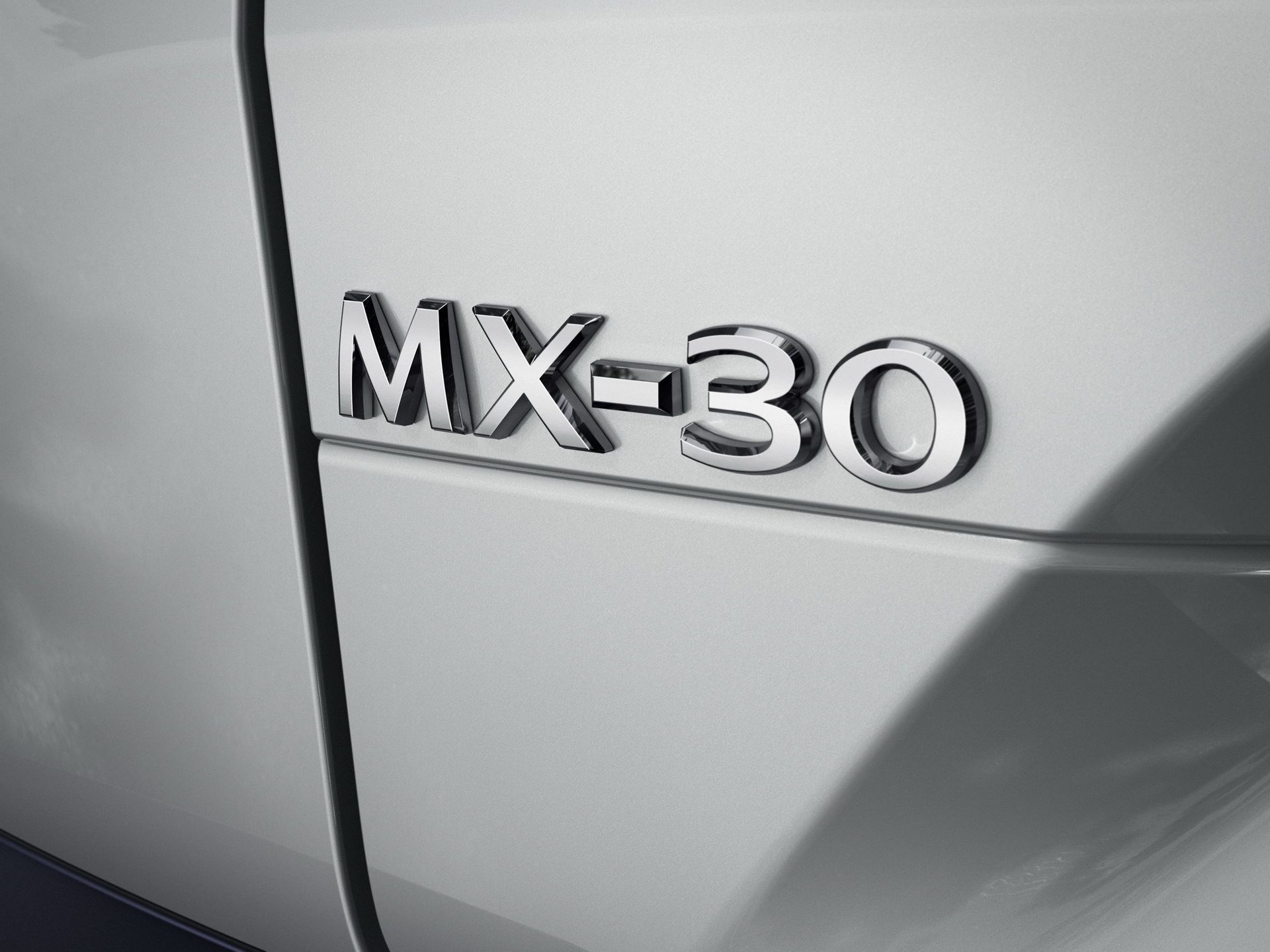 Mazda-MX-30-MHEV-18