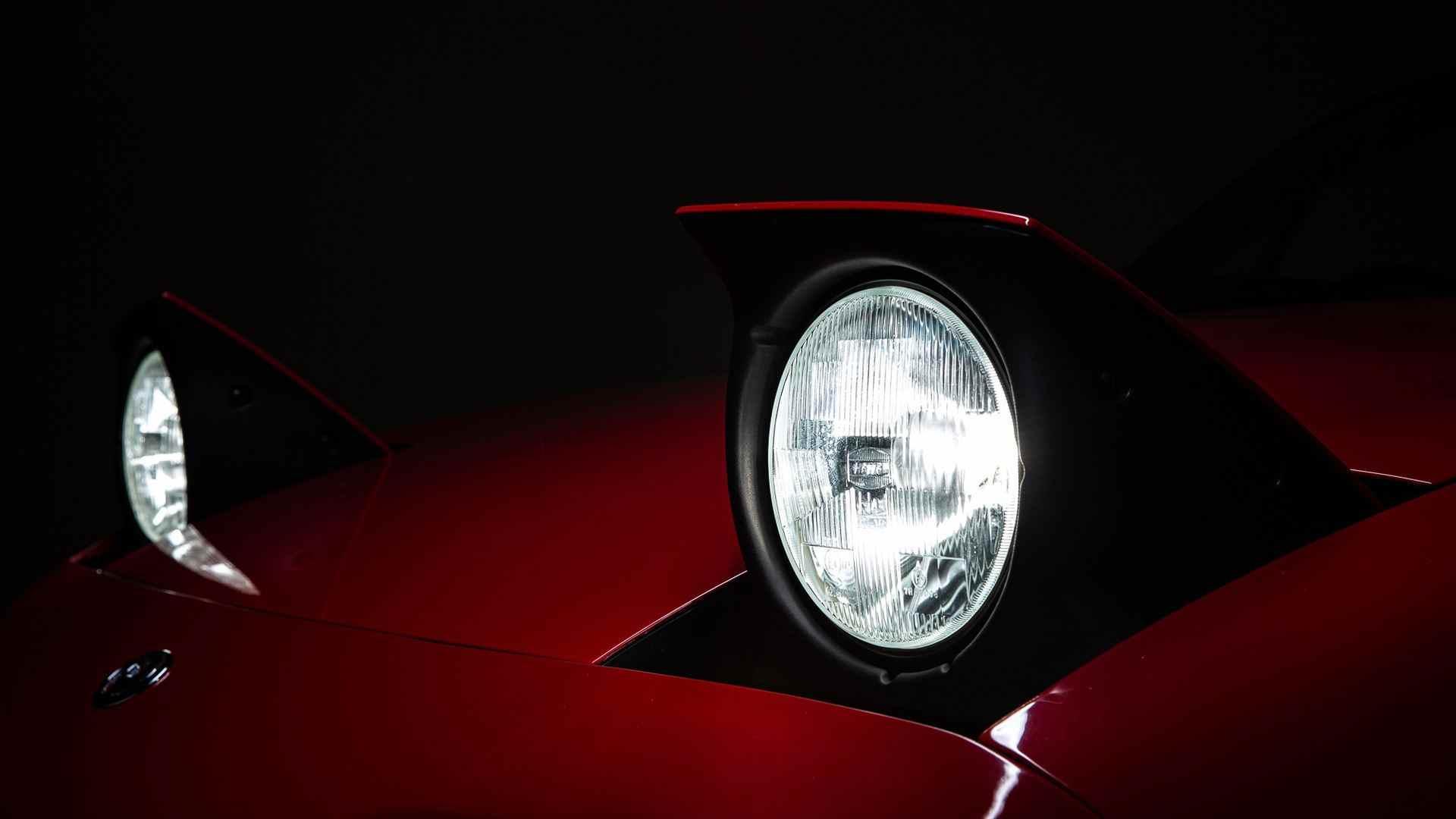 Mazda_MX-5_restoration_parts_0010