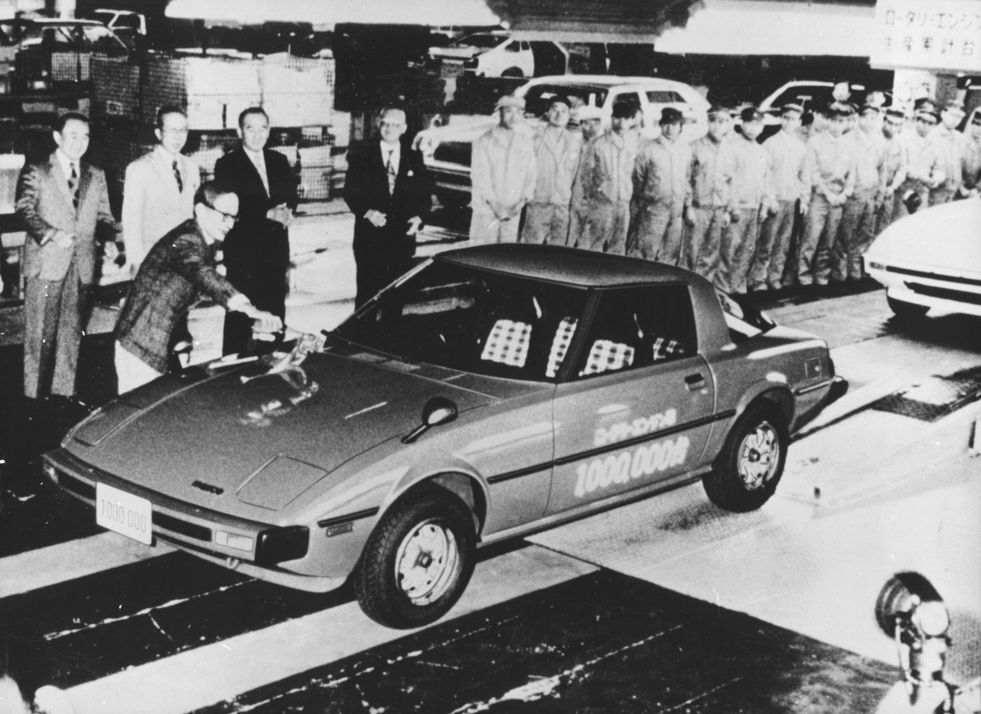 Mazda_RX-7_history_0071