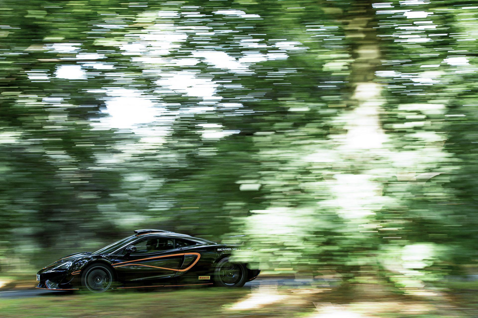 McLaren-620R-R-Pack-10