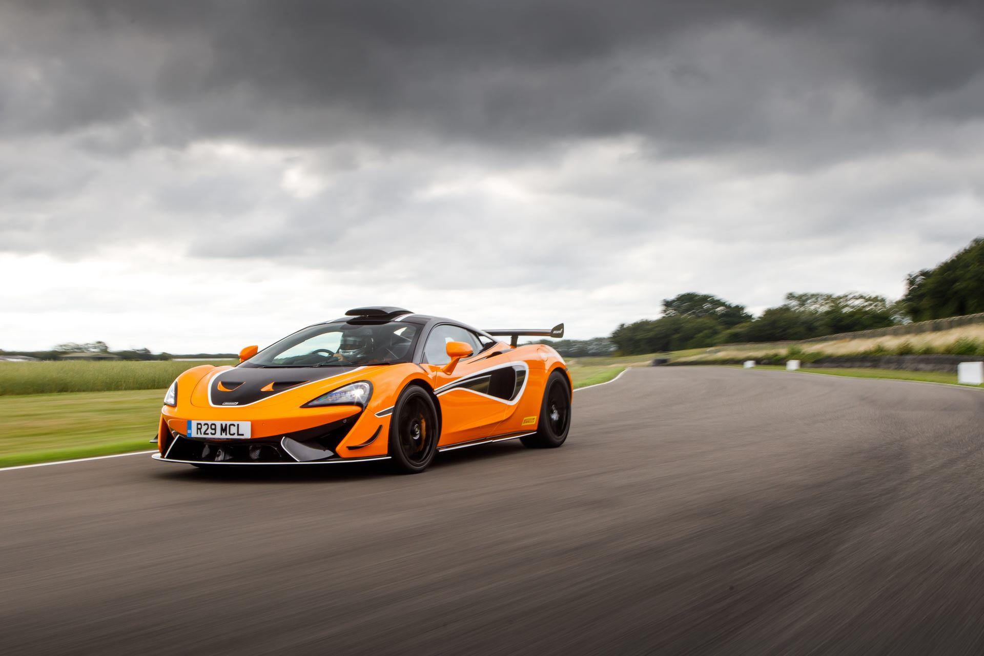 McLaren-620R-R-Pack-12