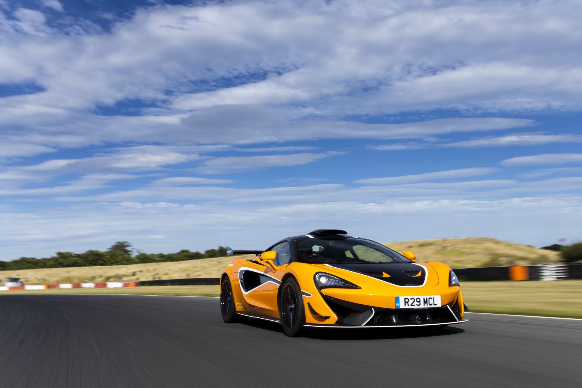 McLaren-620R-R-Pack-2