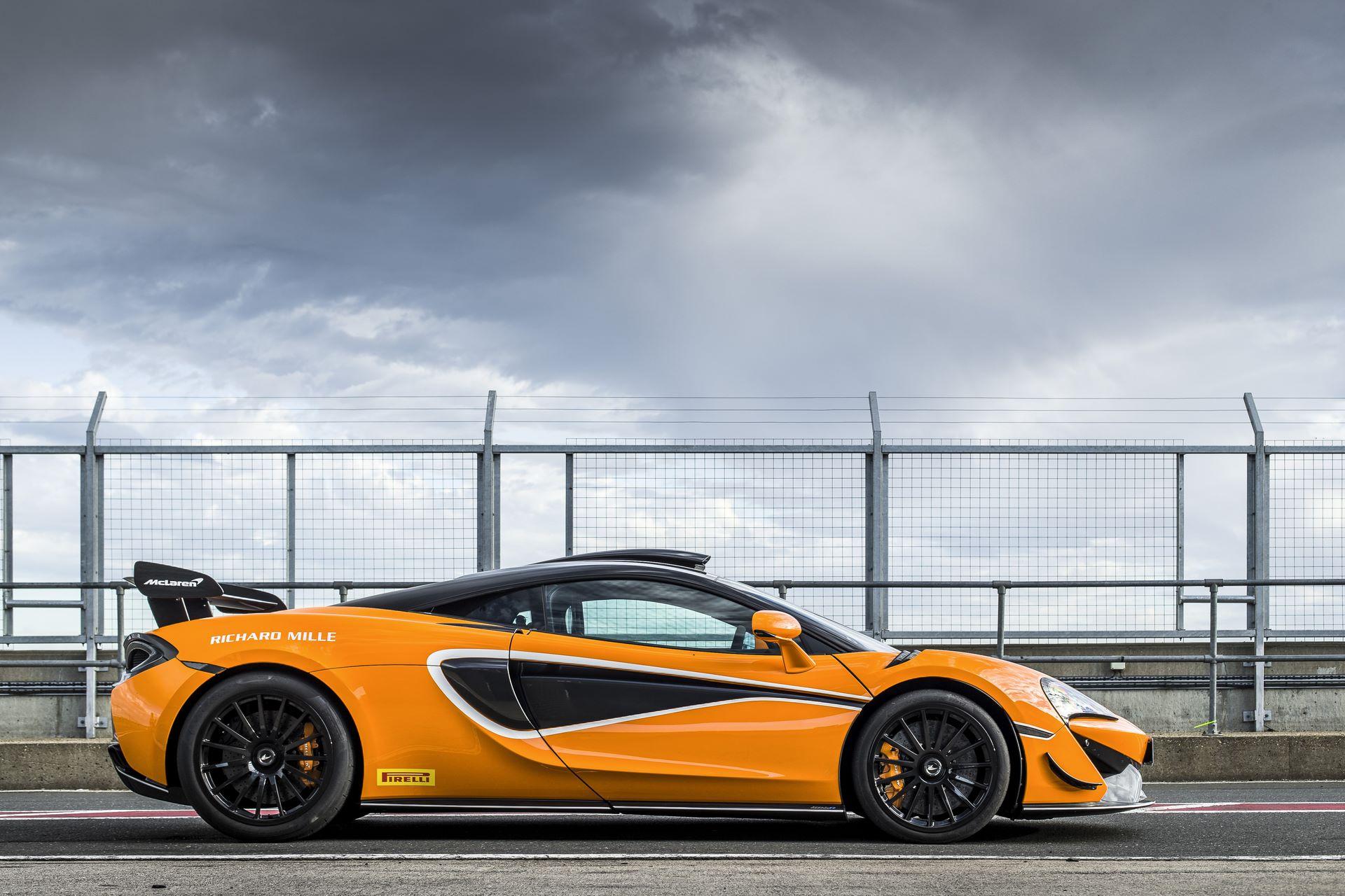 McLaren-620R-R-Pack-21