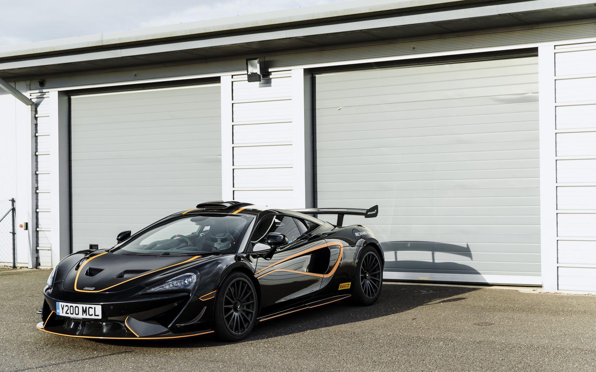 McLaren-620R-R-Pack-9
