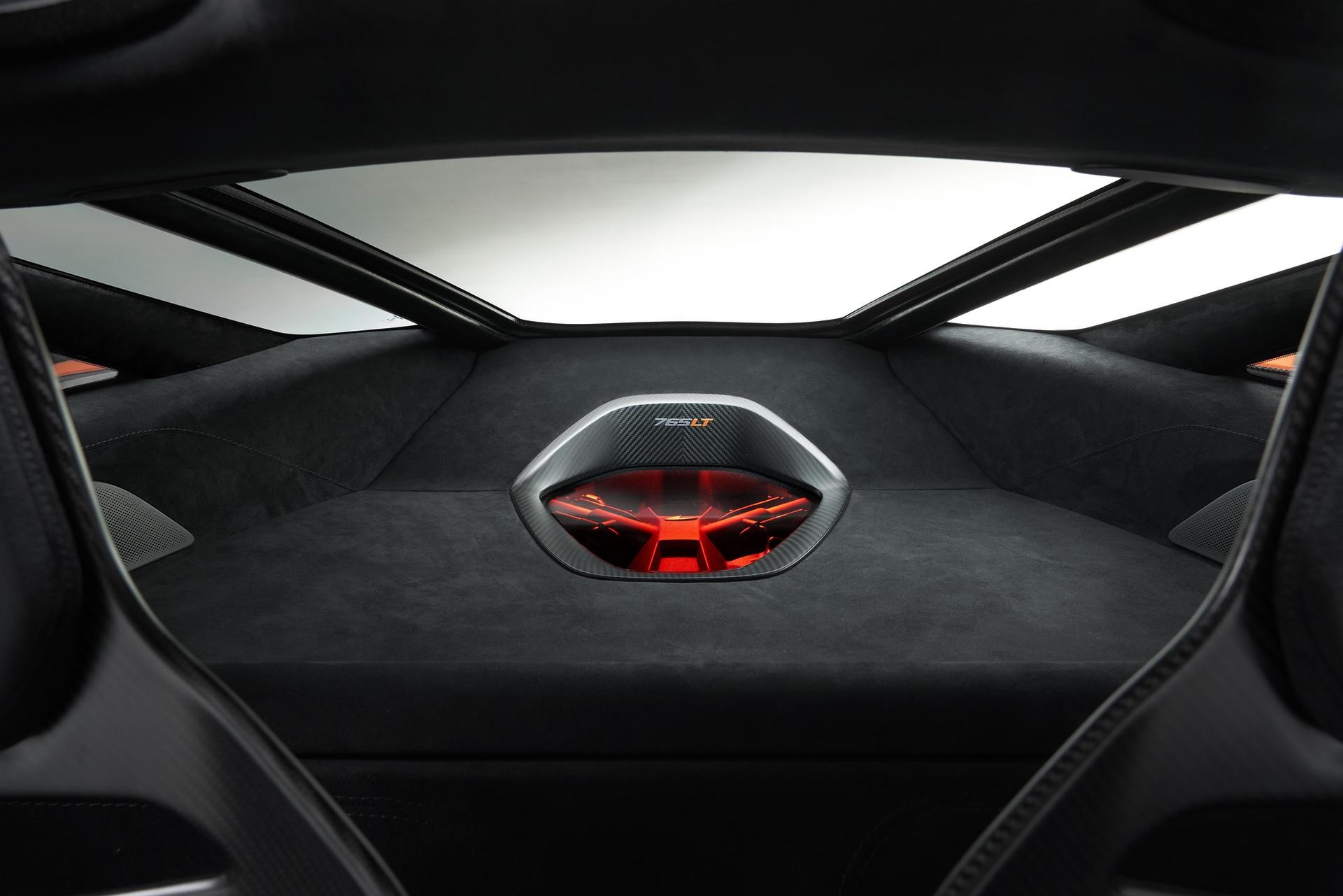 McLaren_765LT_0004