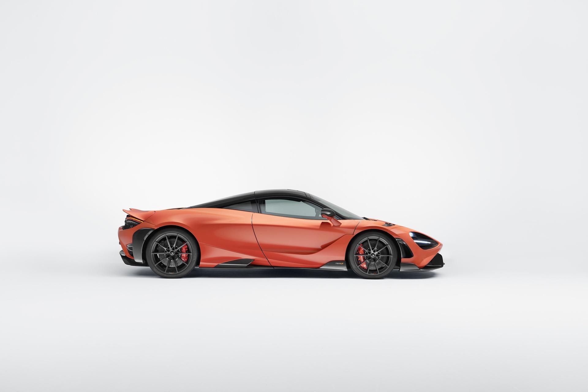 McLaren_765LT_0010