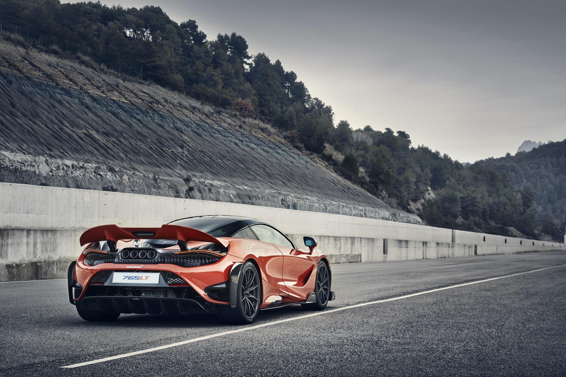 McLaren_765LT_0019