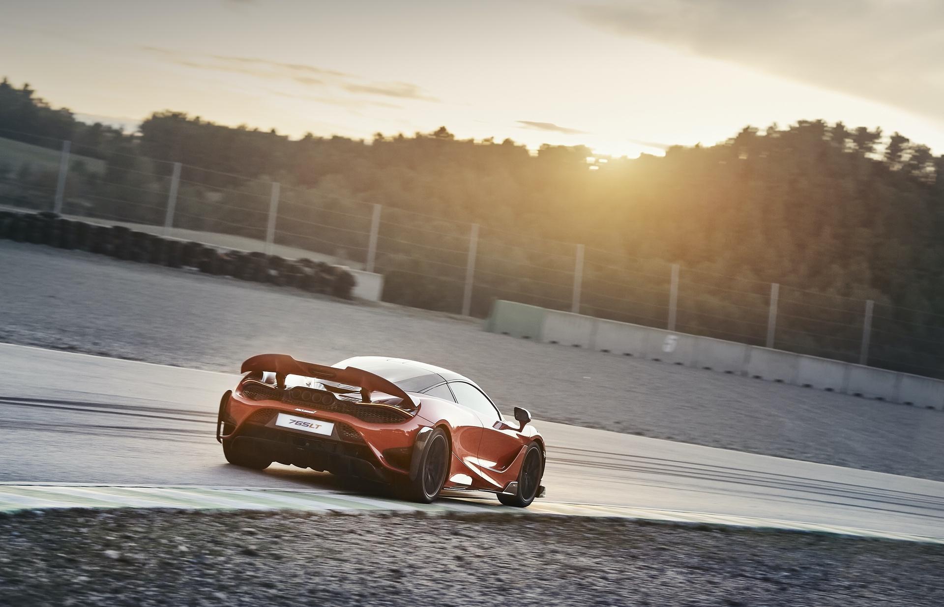 McLaren_765LT_0022