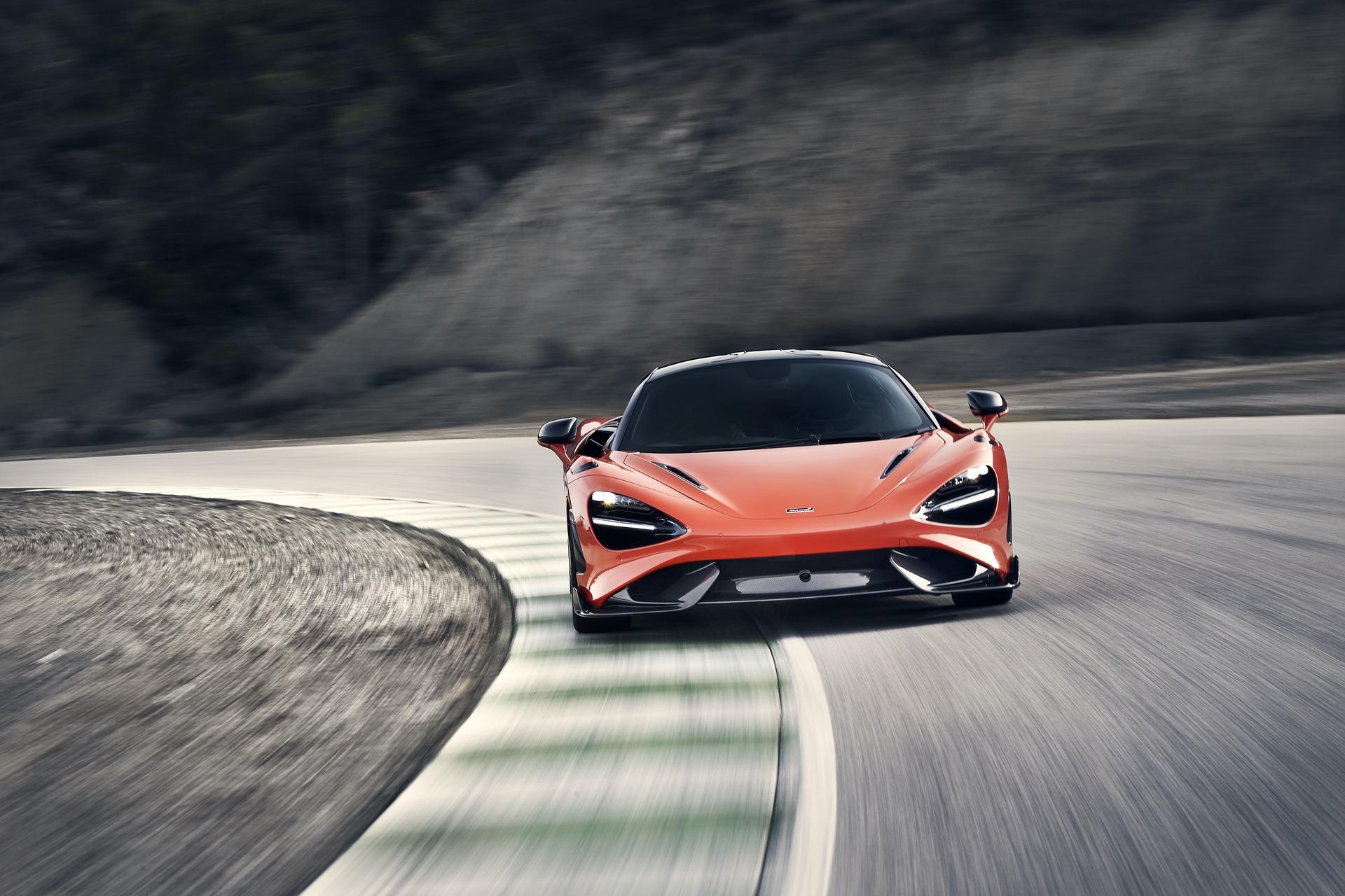 McLaren_765LT_0024