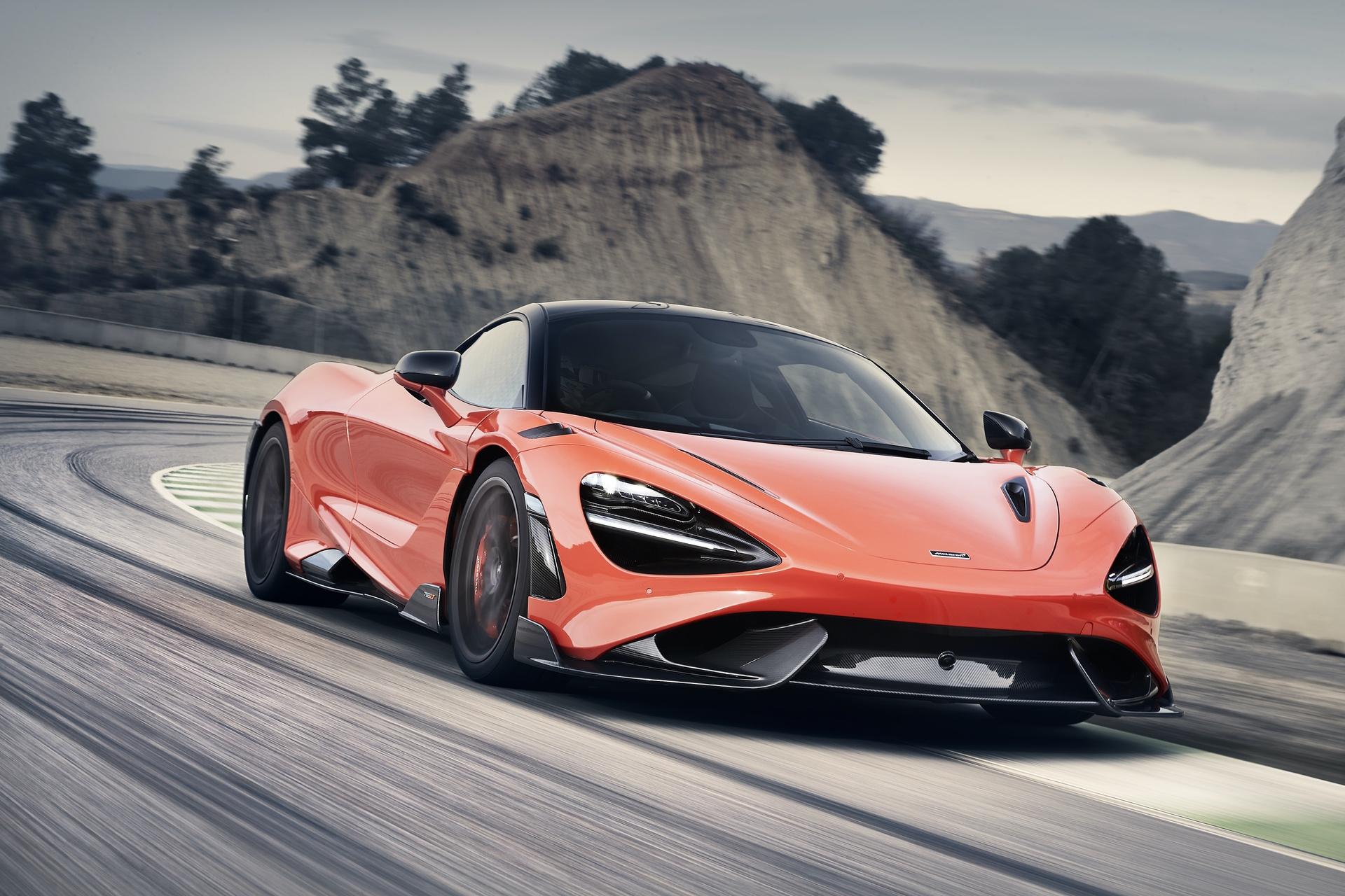 McLaren_765LT_0025