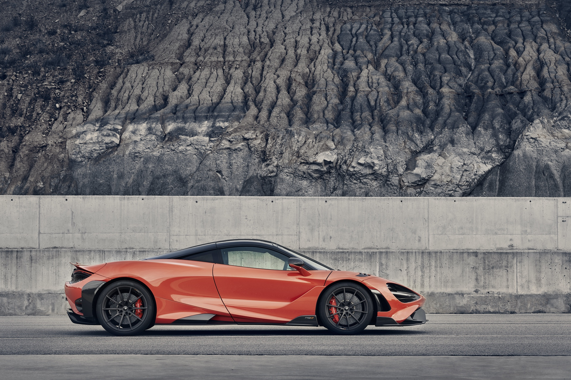McLaren_765LT_0031