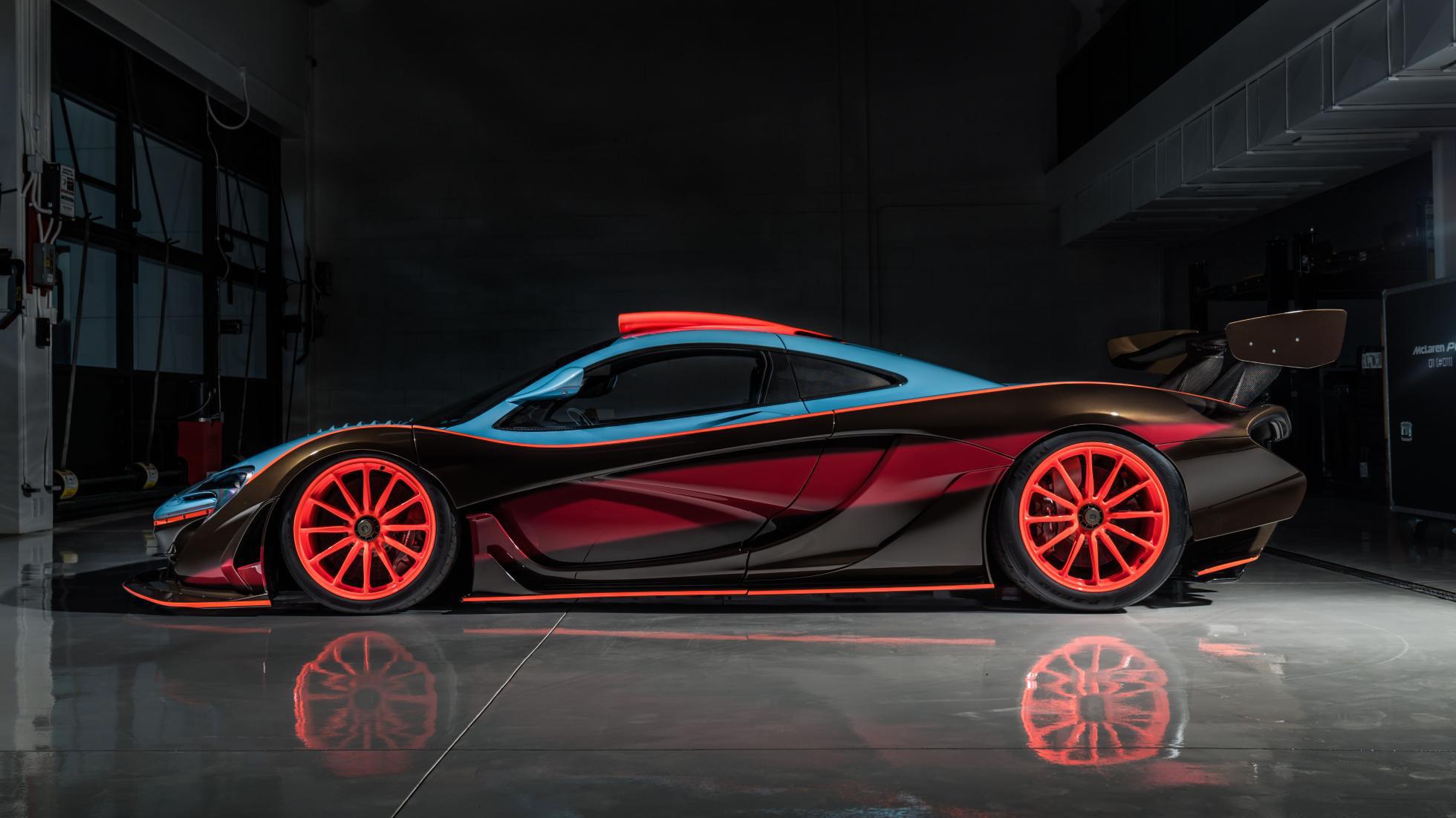 McLaren-P1-GTR-18-by-Lanzante-11