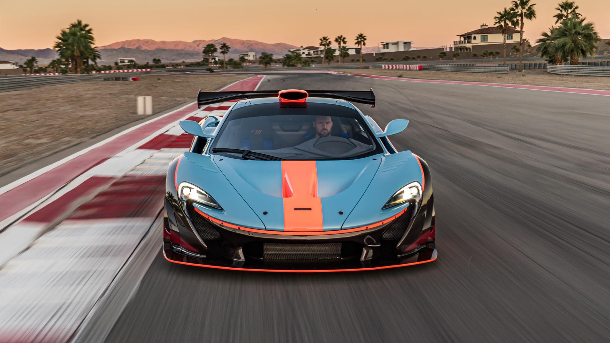 McLaren-P1-GTR-18-by-Lanzante-3