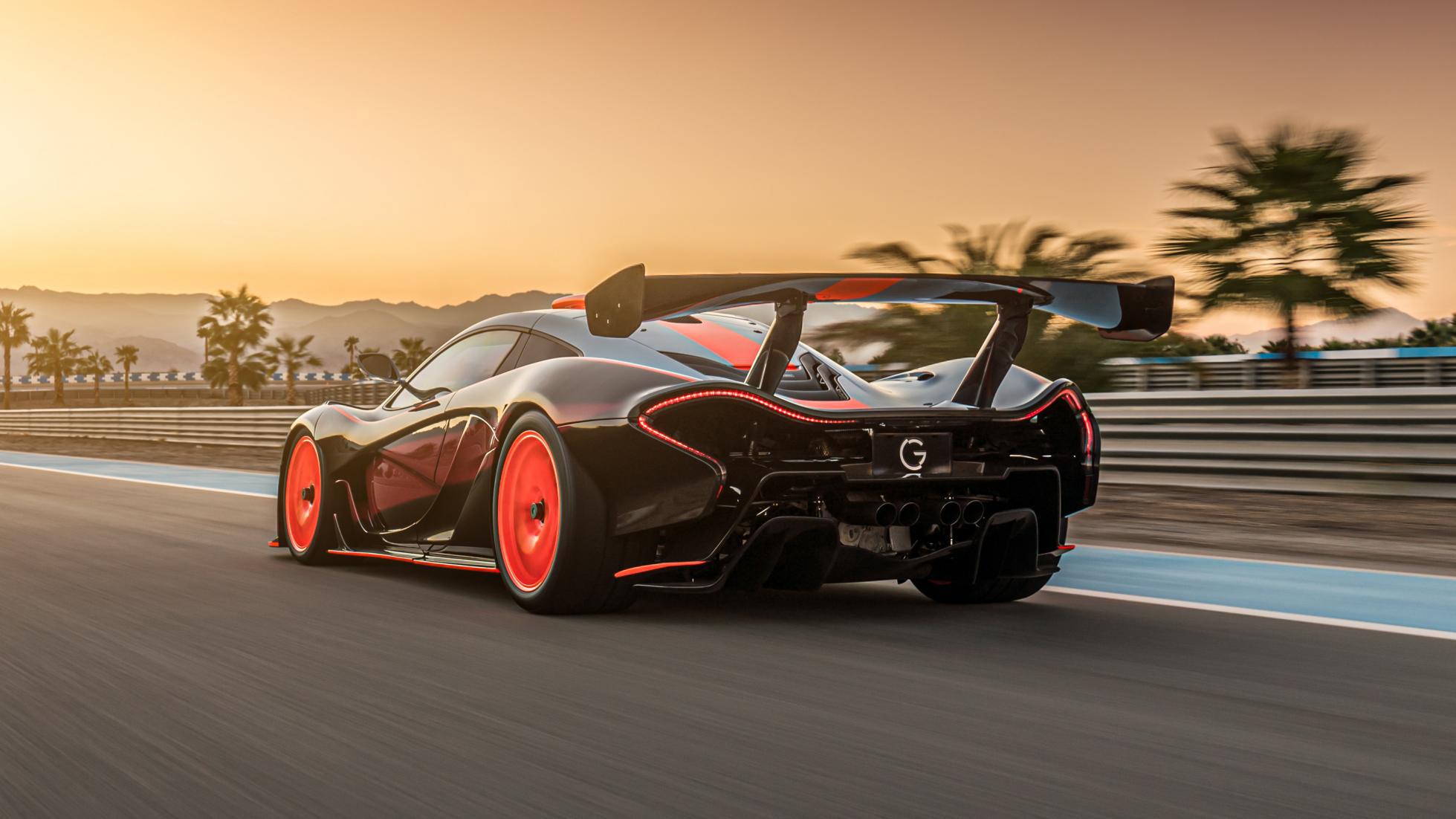 McLaren-P1-GTR-18-by-Lanzante-4