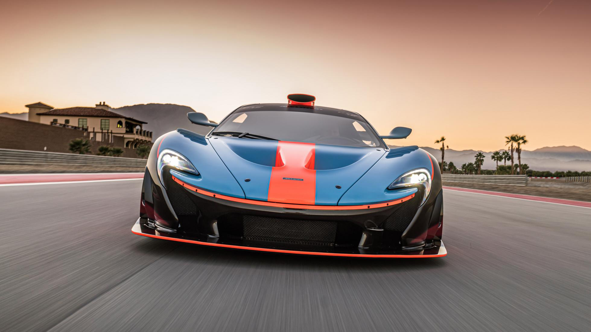 McLaren-P1-GTR-18-by-Lanzante-6