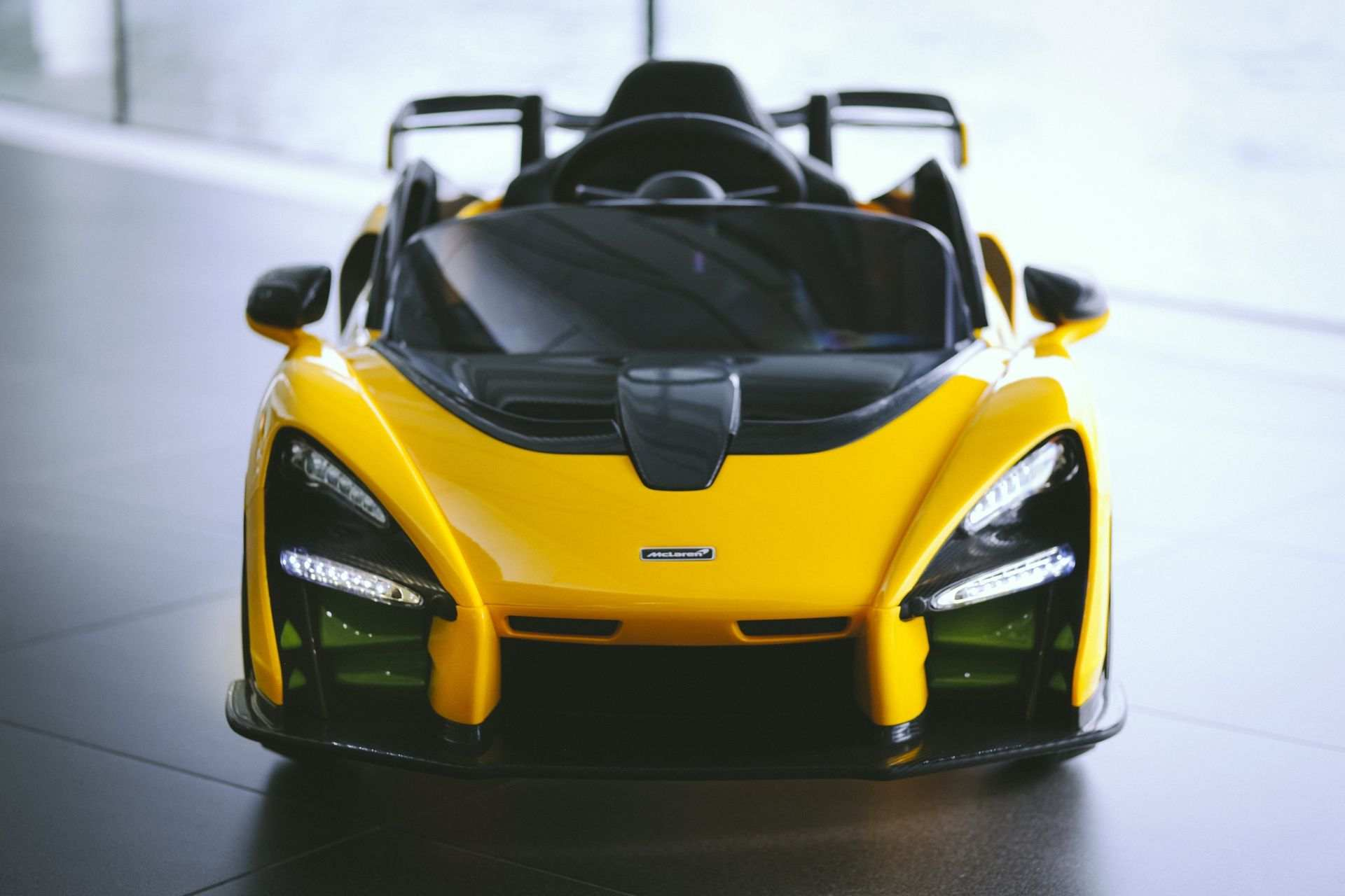 McLaren_Senna_Ride-On–0002