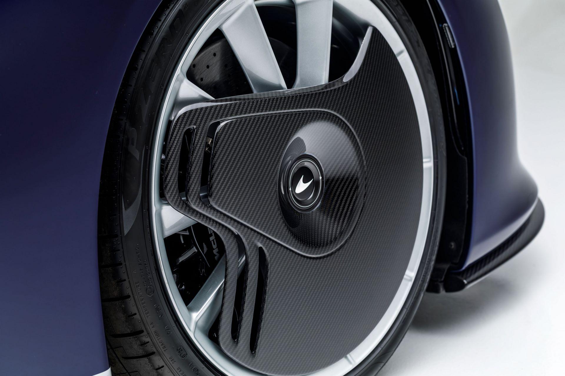 McLaren-Speedtail-30