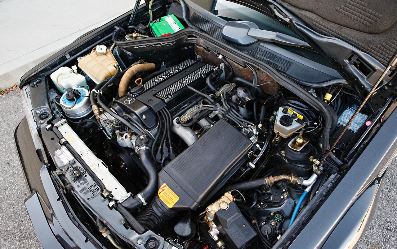 Mercedes-190E-25-16-Evolution-II-1990-auction-17