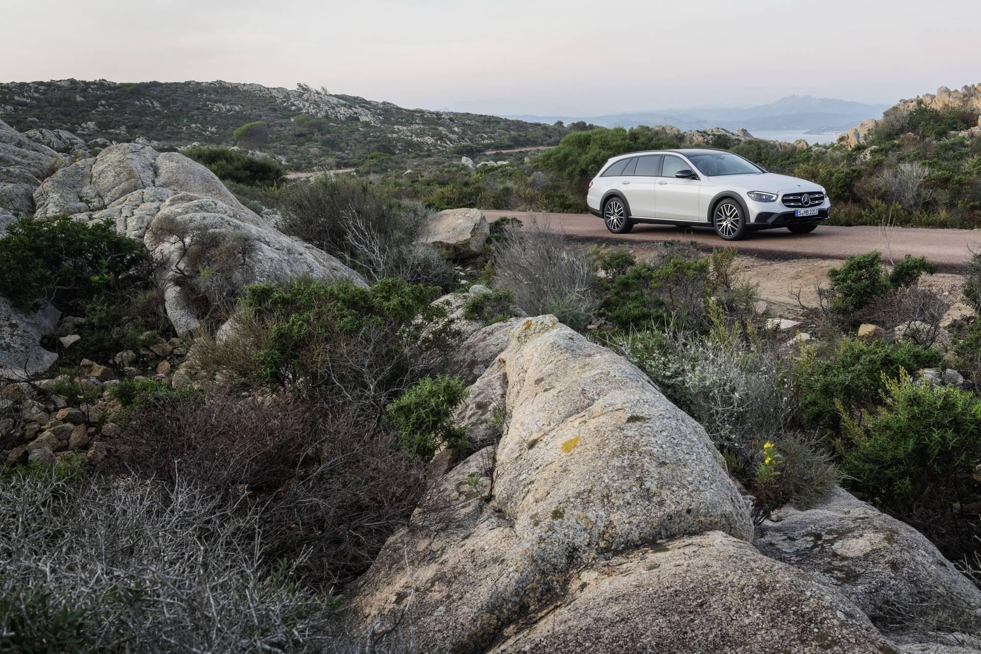 Mercedes-Benz-E-Class-All-Terrain-facelift-2020-10