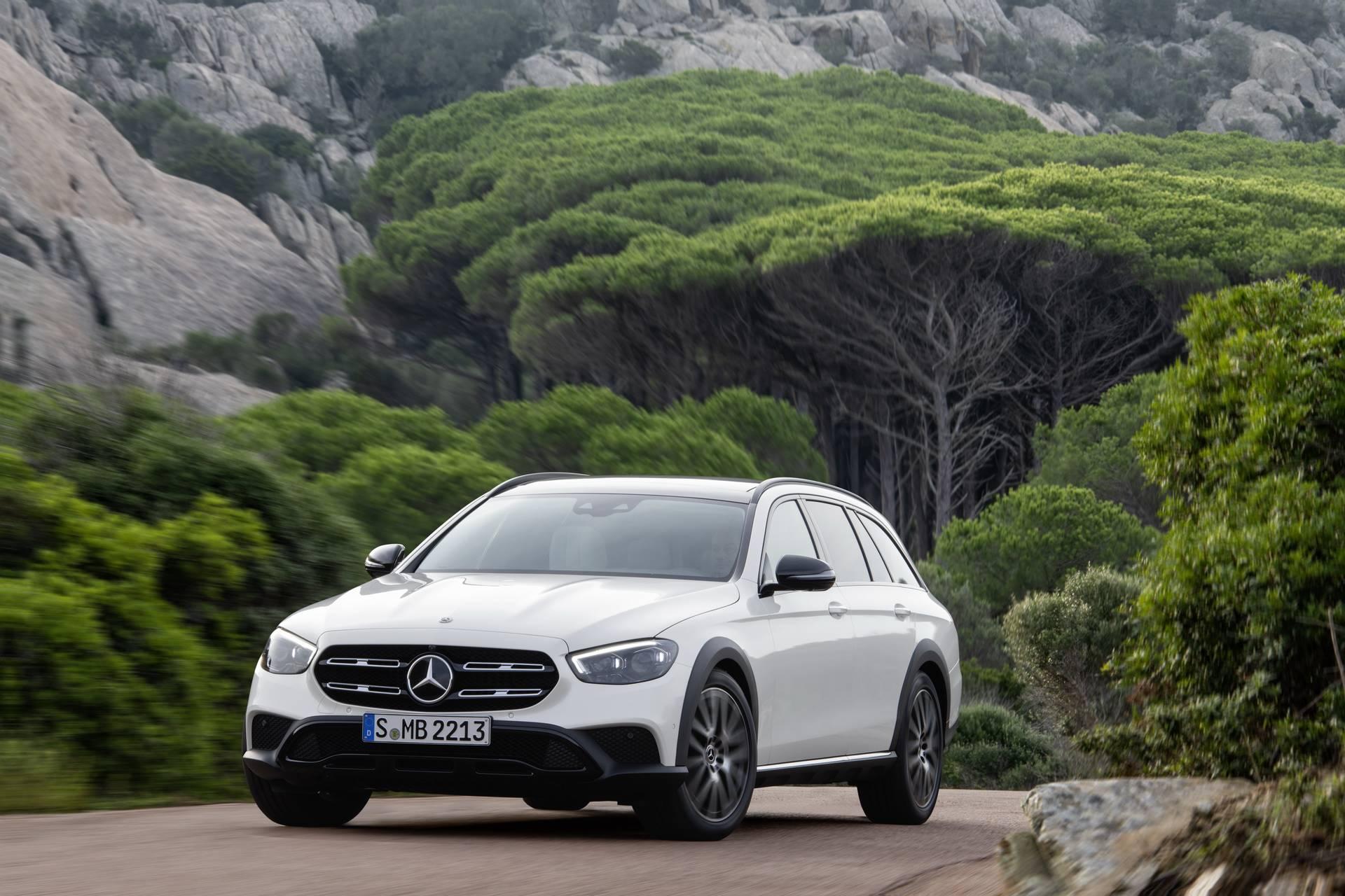 Mercedes-Benz-E-Class-All-Terrain-facelift-2020-16