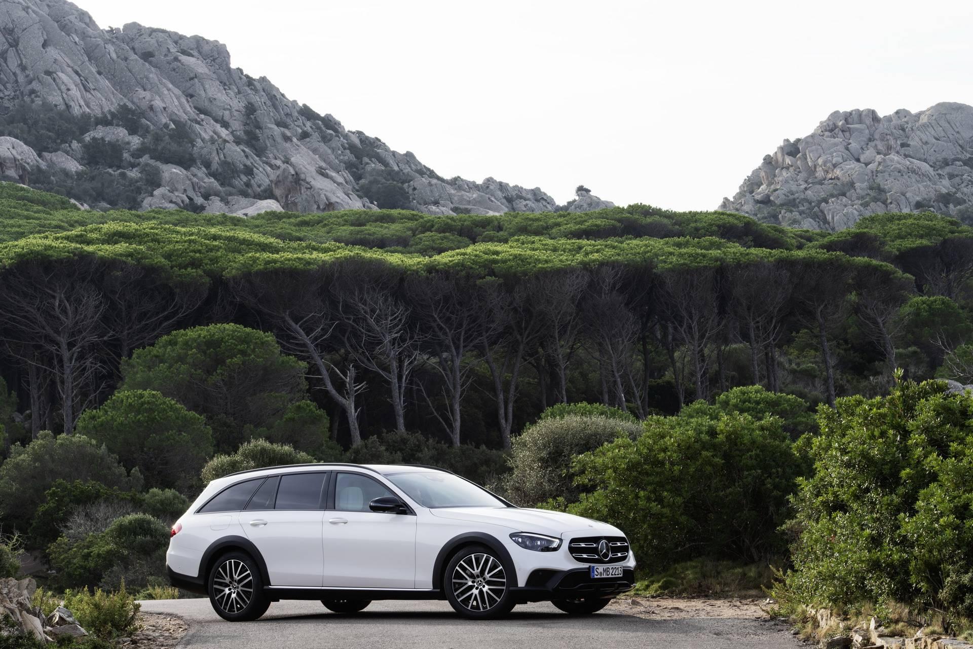 Mercedes-Benz-E-Class-All-Terrain-facelift-2020-18