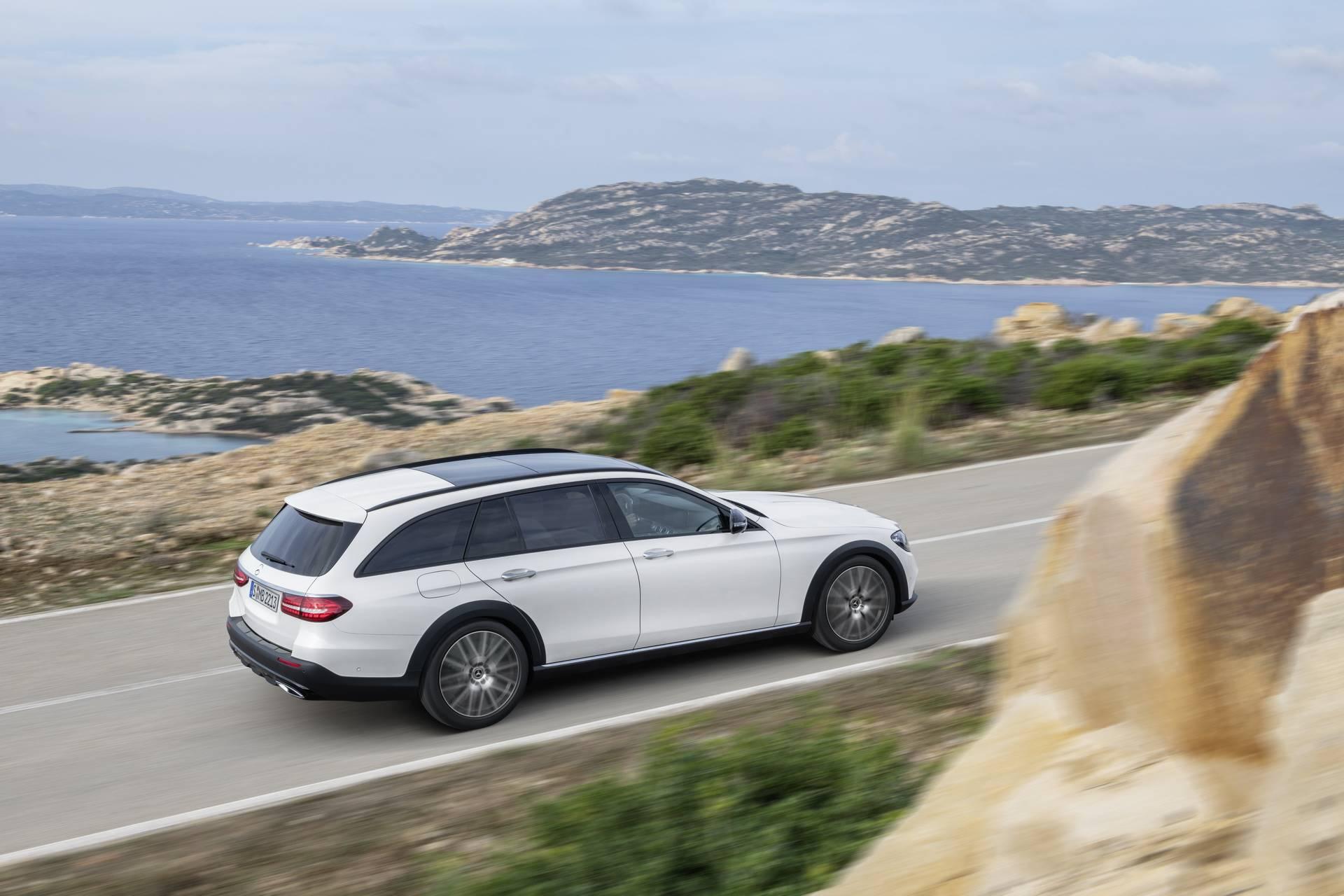Mercedes-Benz-E-Class-All-Terrain-facelift-2020-20