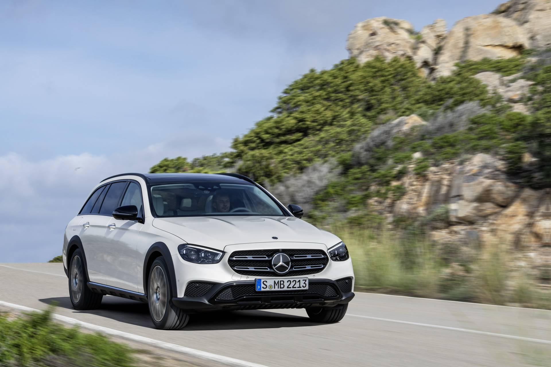 Mercedes-Benz-E-Class-All-Terrain-facelift-2020-22