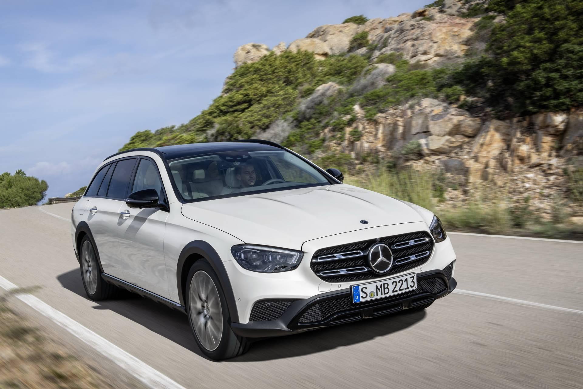 Mercedes-Benz-E-Class-All-Terrain-facelift-2020-23