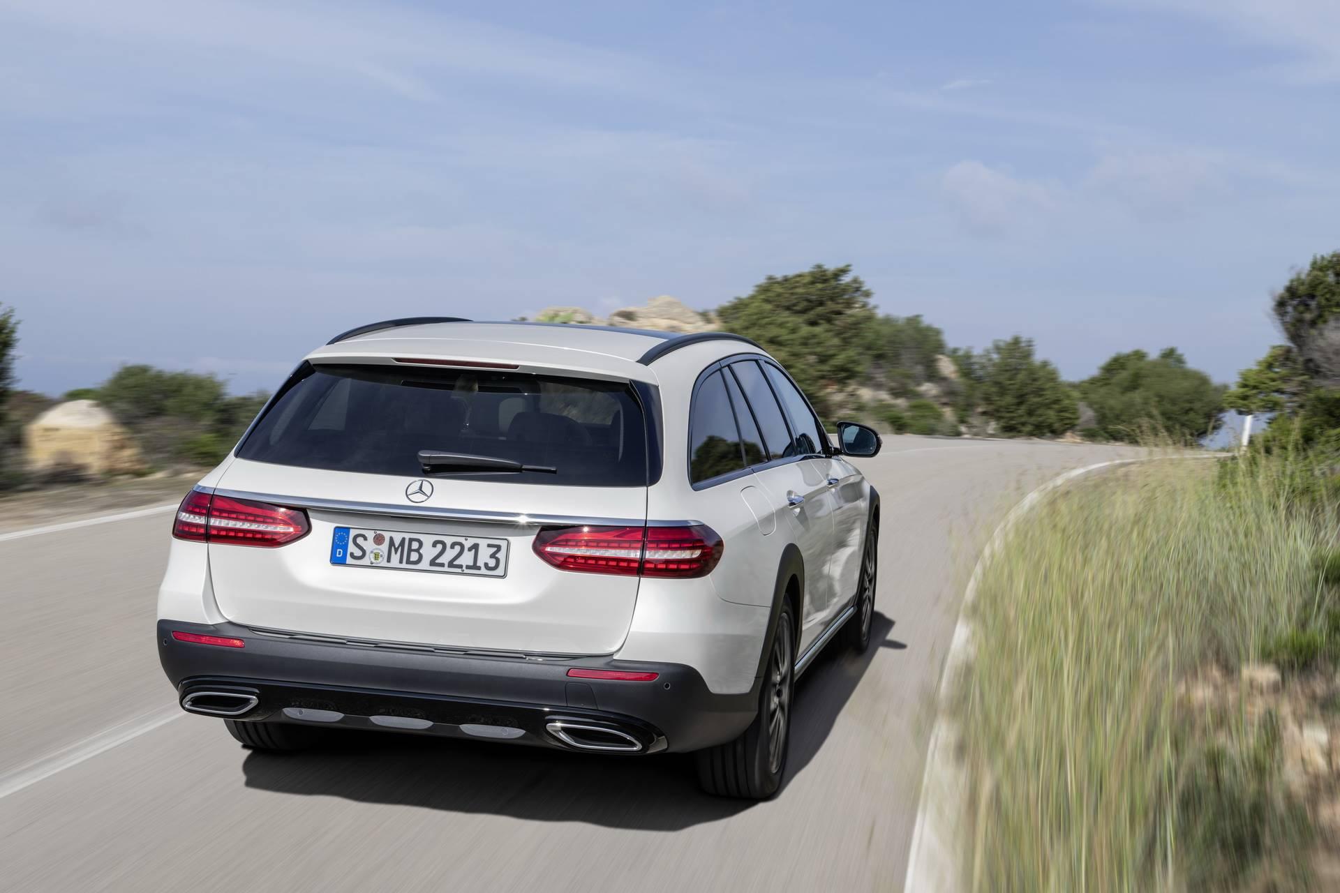 Mercedes-Benz-E-Class-All-Terrain-facelift-2020-24