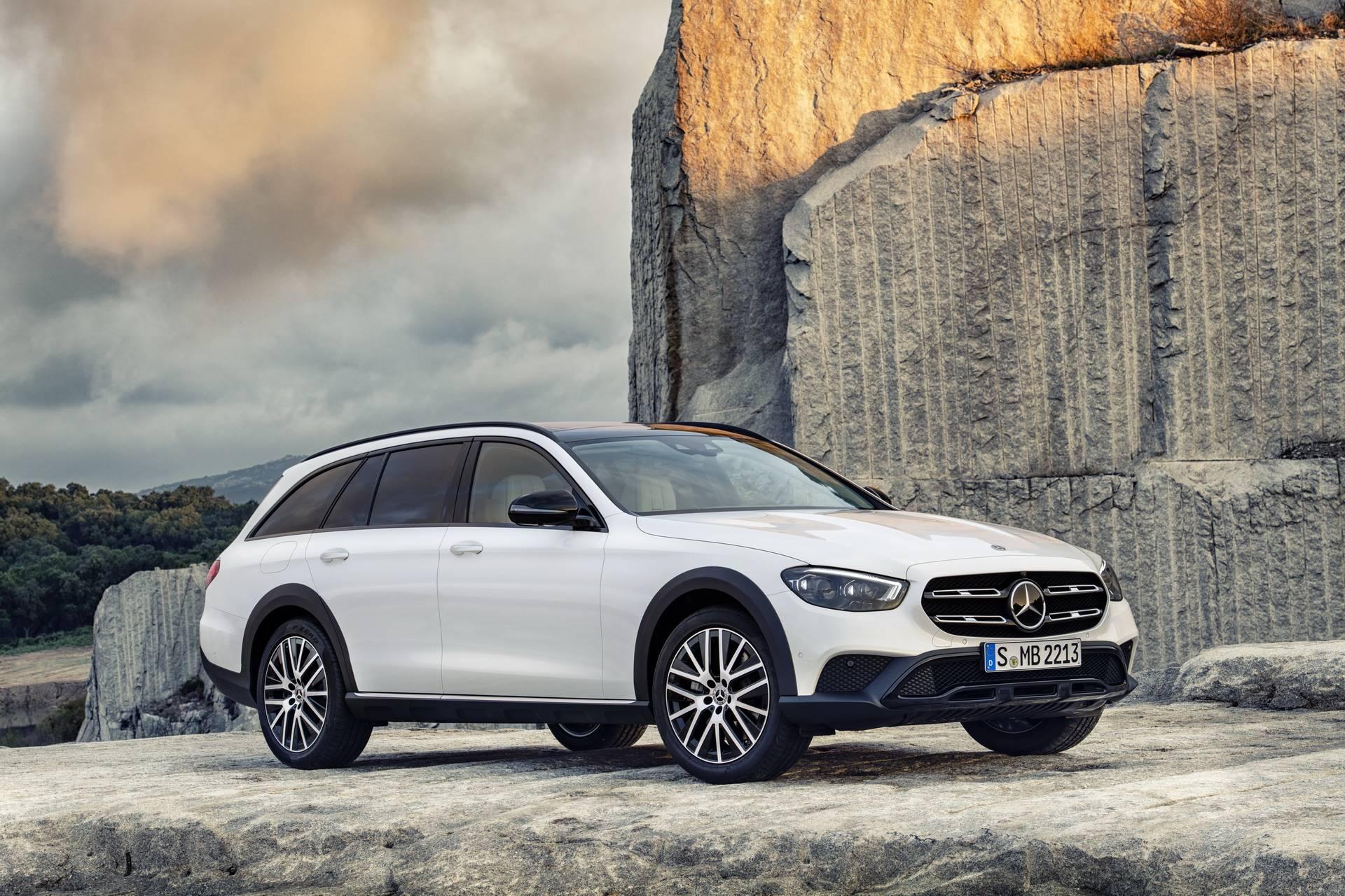 Mercedes-Benz-E-Class-All-Terrain-facelift-2020-25