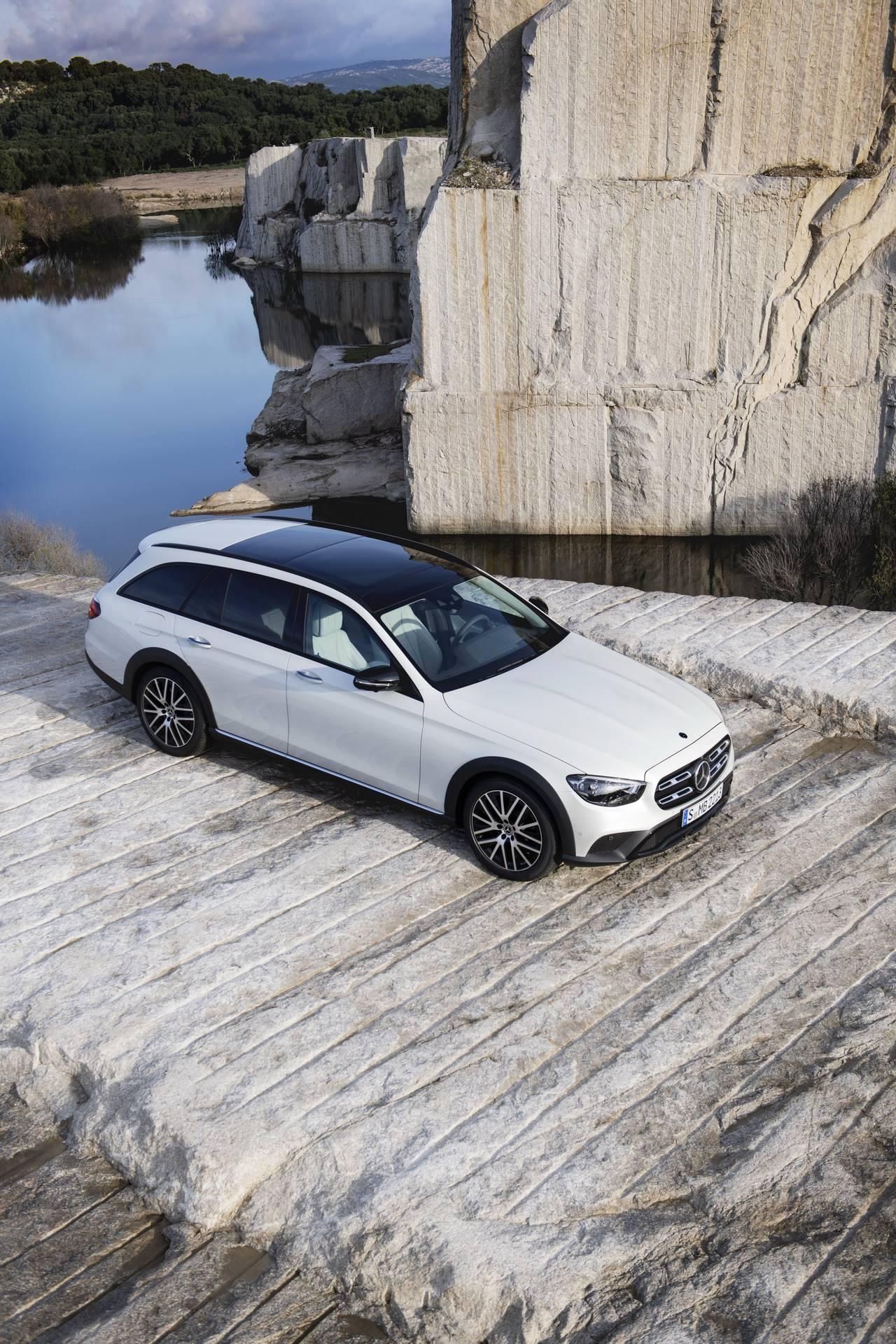 Mercedes-Benz-E-Class-All-Terrain-facelift-2020-30