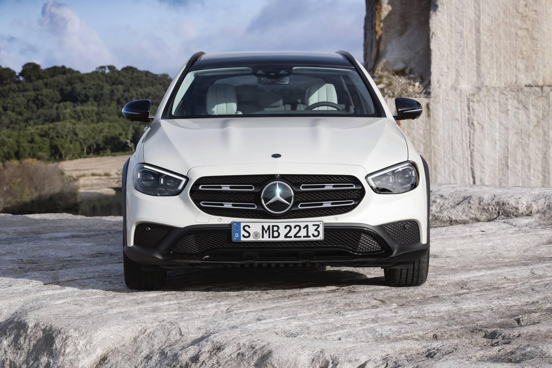 Mercedes-Benz-E-Class-All-Terrain-facelift-2020-32