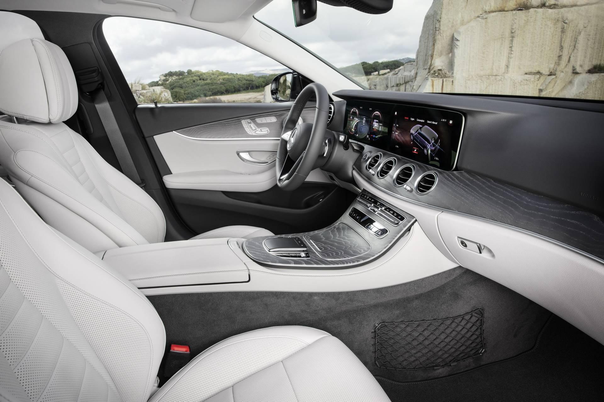 Mercedes-Benz-E-Class-All-Terrain-facelift-2020-36