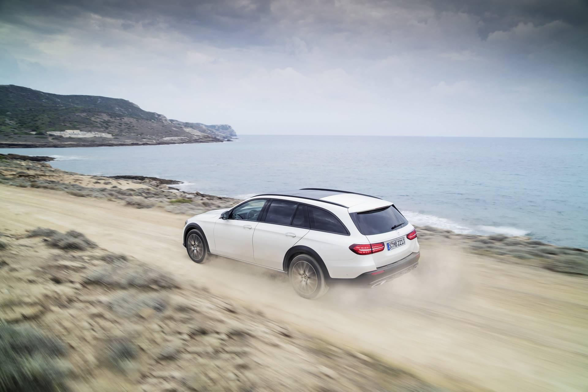 Mercedes-Benz-E-Class-All-Terrain-facelift-2020-7