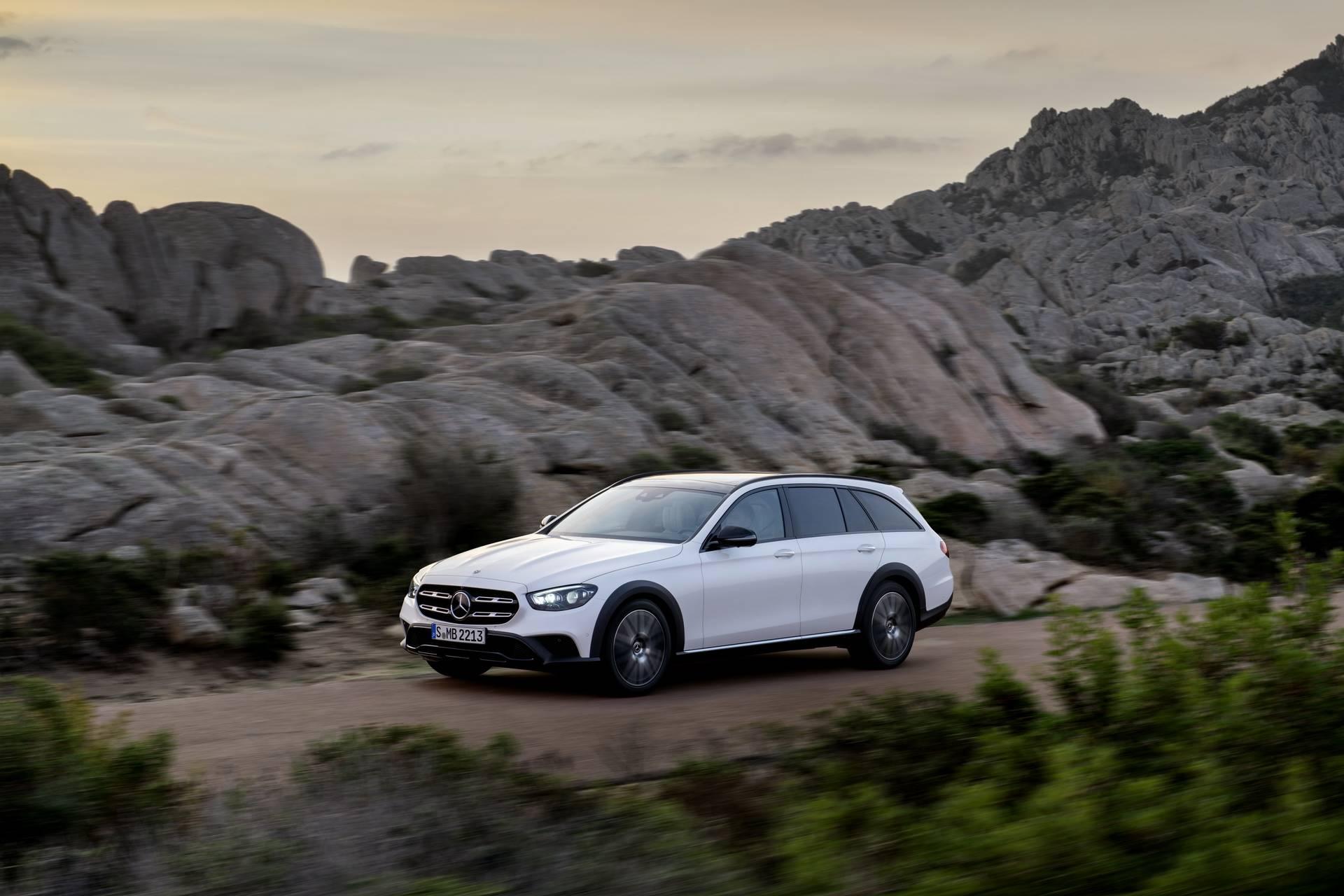 Mercedes-Benz-E-Class-All-Terrain-facelift-2020-9